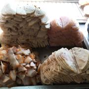 Thịt nguội, chả, ba chỉ ...- nguyên liệu làm bánh mì thịt, bánh mì cũng ngon vô cùng quên mất chụp lại rồi hic