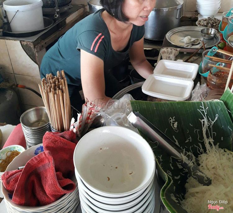 Bánh Cuốn & Bún Thịt Nướng ở Khánh Hoà