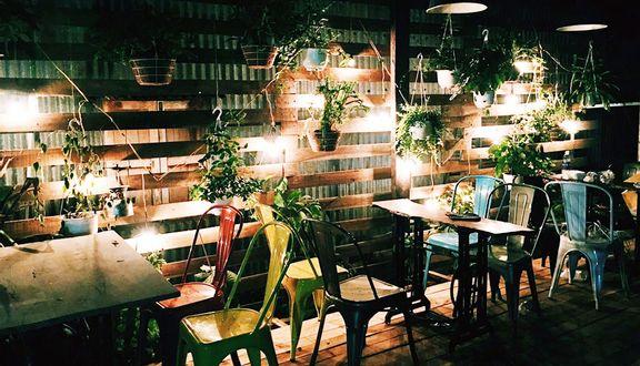 Godfather Garden Cafe