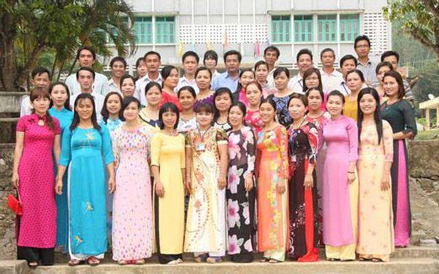 Trường THPT Nam Giang