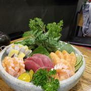 Tô sashimi đẹp muốn húp trọn