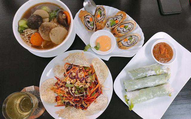 Veggie Saigon - Nhà Hàng Chay & Cafe - Đề Thám