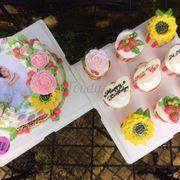 Bánh kem hoa phong cách tự nhiên