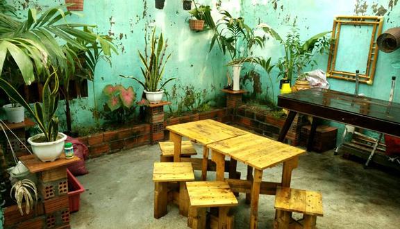 Hoang Cafe