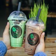 Trà sữa Thái xanh + Trà sữa truyền thống