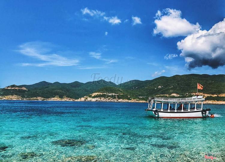 Đảo Bình Hưng ở Khánh Hoà