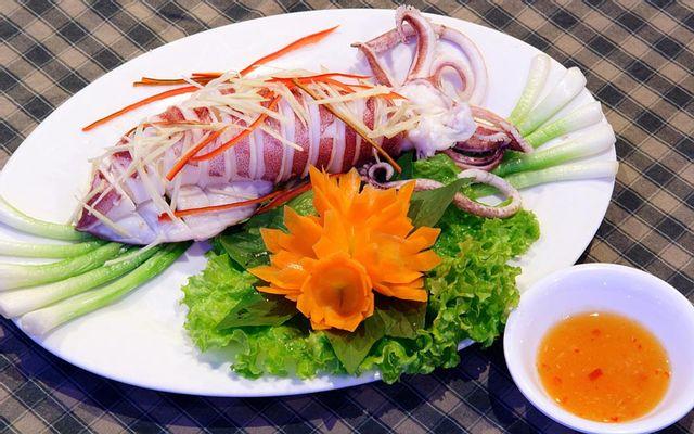 Việt Quán - Lẩu & Hải Sản