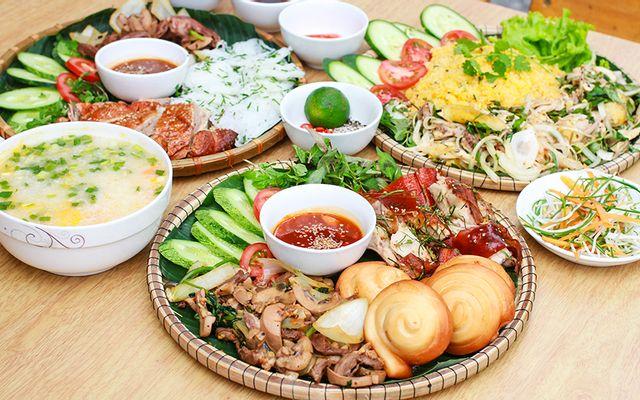 Tiệm Ăn Vua Vịt Quay - Phạm Cự Lượng