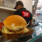 Good burger, good price