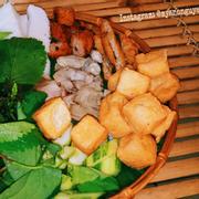 Bún đậu thập cẩm (bún, đậu, chả cốm, nem chua, thịt, lòng) 55k/ phần