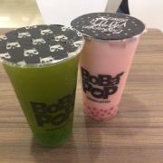 Trà xanh kiwi và trà sữa dâu