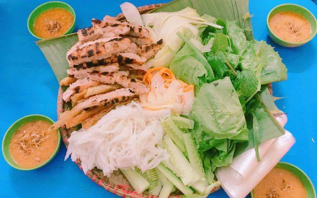 Nem Nướng Nha Trang Cô Hơn - Chùa Hà
