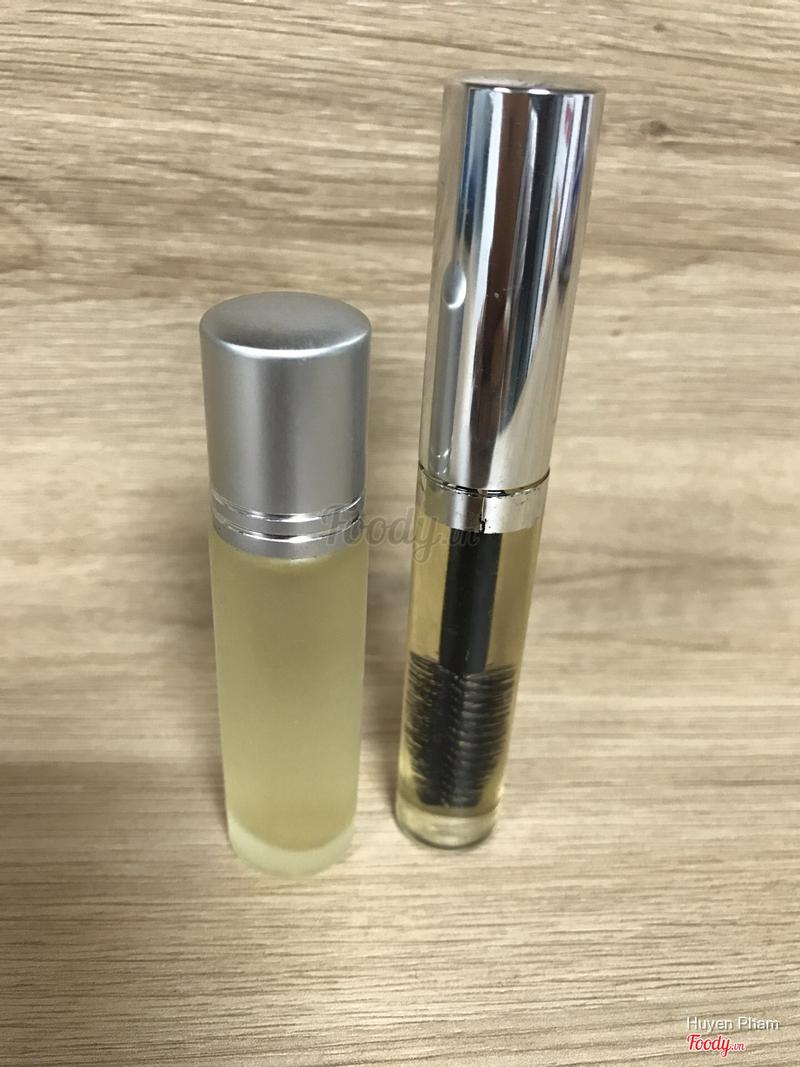 Mascara dưỡng mi + bi lăn dưỡng môi dầu dừa: 30k