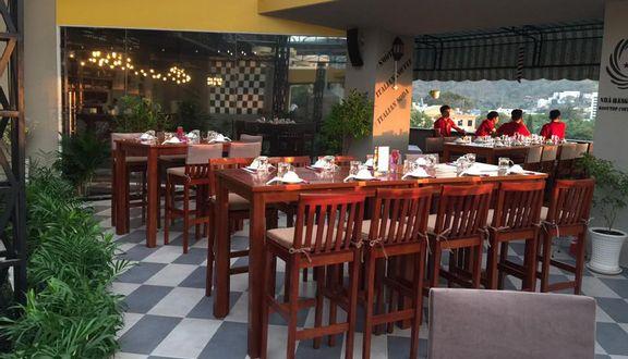 Rooftop - Coffee & Restaurant