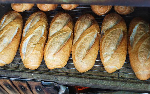 Lò Bánh Mì Tư Bá