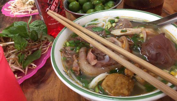 Bún Bò Huế - 12 Tháng 11