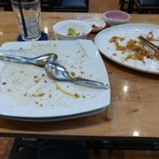 Ăn sạch sẽ, quán tuy hơi vắng nhưng đồ ăn vẫn tươi ngon lắm