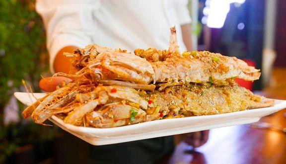 FA Lounge - Seafood Restaurant & More