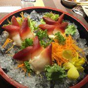 sashimi ốc đỏ