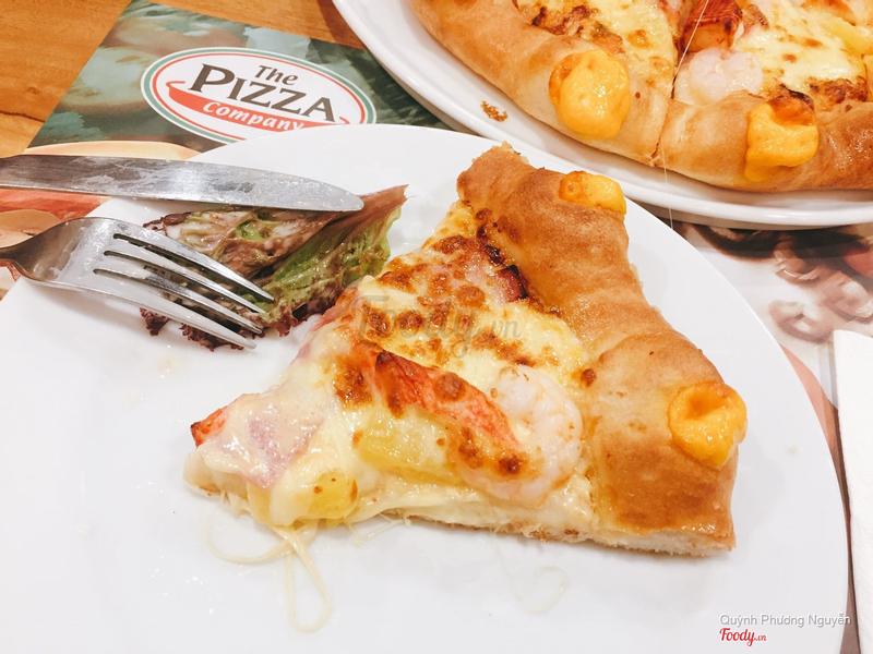 Pizza hải sản viền phô mai núi lửa