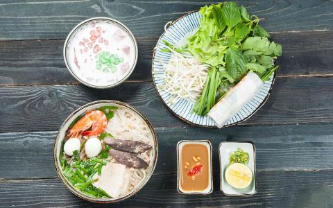 Hai cơ sở Món Ngon Sài Thành ở Hà Nội