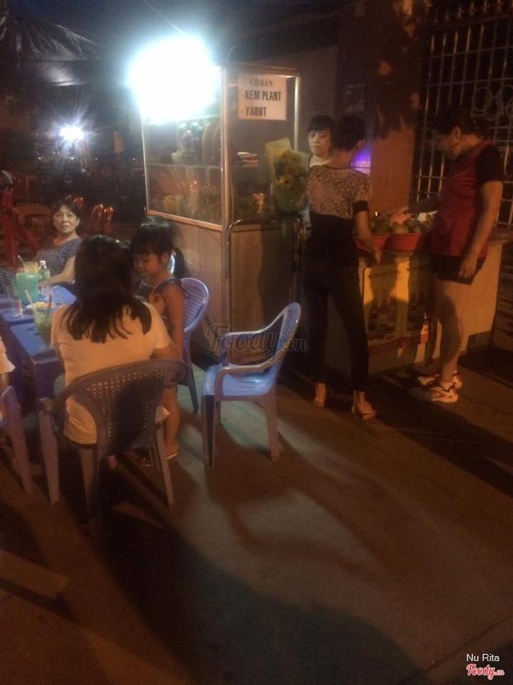 Sinh Tố Sân Vận Động ở Khánh Hoà