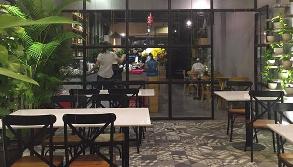 Đỉnh Tea & Coffee Saigon