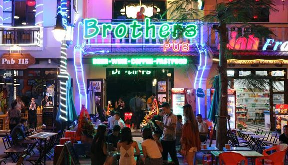 Brothers Pub - Sun World Halong Park