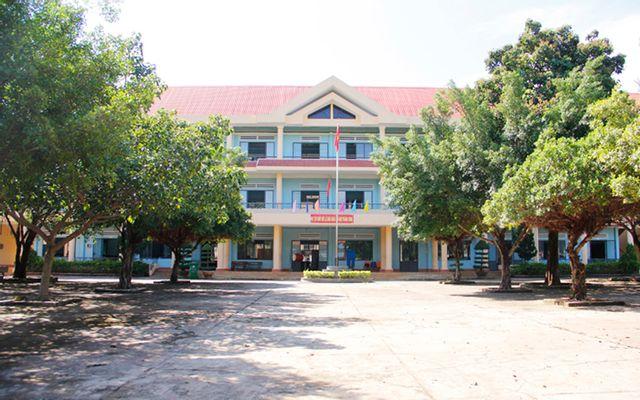 Trường THPT Buôn Hồ