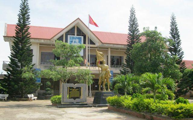 Trường THPT Trần Quốc Toản