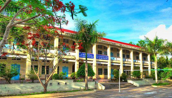 Trường THPT Cái Nước