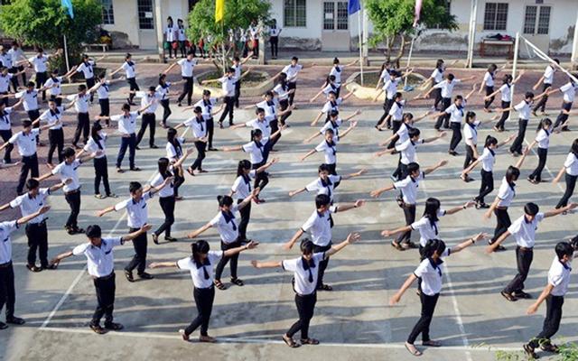 Trường THPT Nguyễn Mai