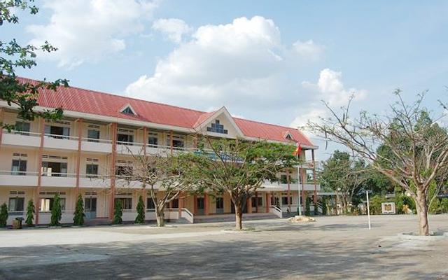 Trường THPT Krông Bông