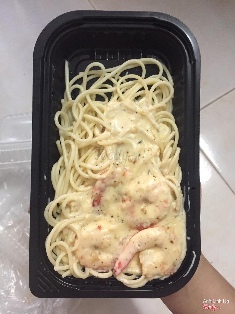 Mỳ Ý tôm sốt alfredo