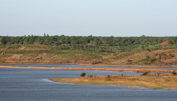 Hồ Sông Ray