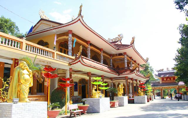 Chùa Thái Sơn Núi Cậu