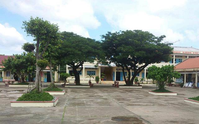 Trường THCS & THPT Vàm Đình