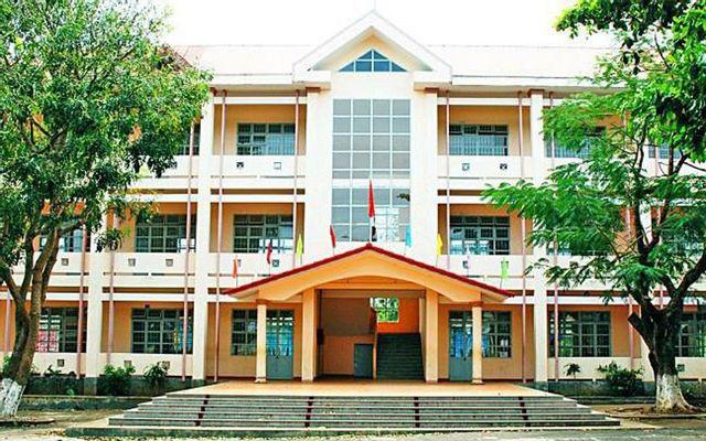 Trường THPT Lộc Phát