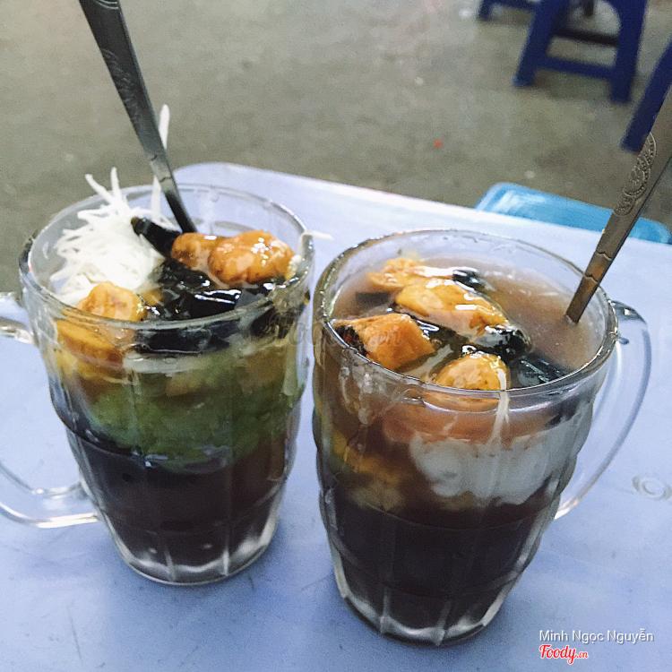 Chè Thập Cẩm & Bánh Mì - Lương Thế Vinh ở Hà Nội