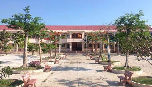 Trường THPT Lịch Hội Thượng