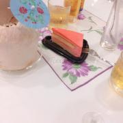 Kem trái dừa 65k. Strawberry cheese cake 45k. Redbull 20k