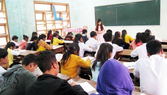 Trường THPT Tây Giang