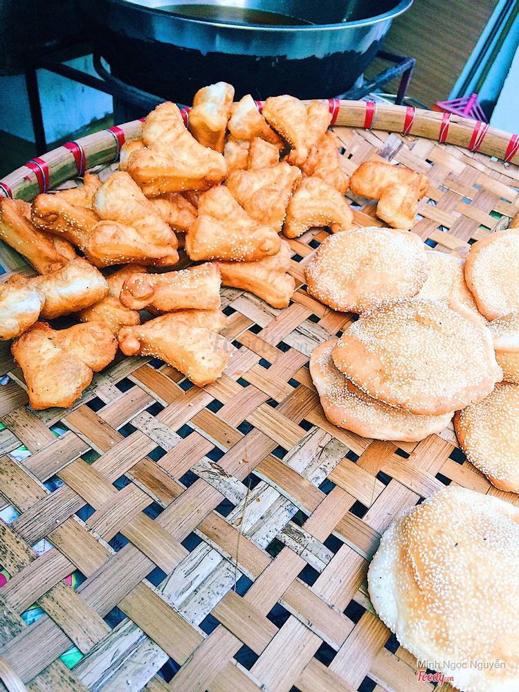 Bánh Bao Chiên & Bánh Quẩy Đùi Gà - Quan Nhân ở Hà Nội