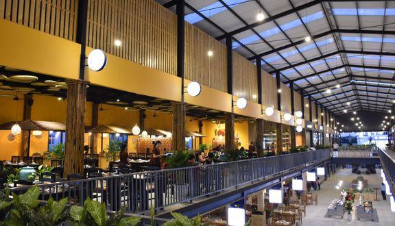 Holiday Sense - Foodcourt Phú Quốc
