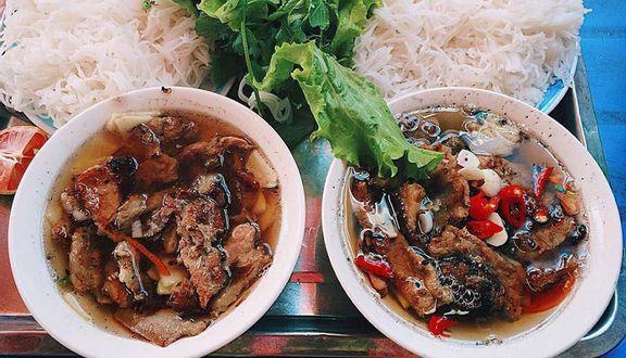 Dung - Bún Chả & Nem Cua Bể