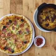 Pizza Thập Cẩm + mì Ý đút lò