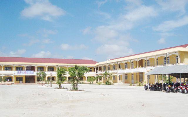 Trường THPT Đoàn Văn Tố
