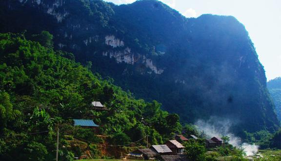 Bản Thái Đen