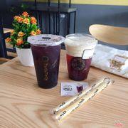 Rất thích mulberry cream cheese và hồng trà việt quất ở toco. View quán khá ổn nhân viên thân thiện