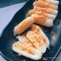 Bánh gạo phô mai chấm bột phô mai
